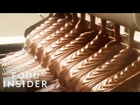 Make A Custom Candy Bar At Hershey's Chocolate World